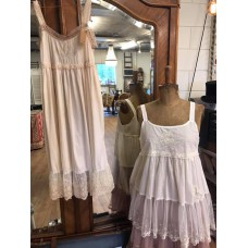 JDL clothing jurkje met kant abrikoos